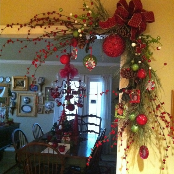 Christmas corner decoration everything 4 christmas for Indoor xmas decorating ideas