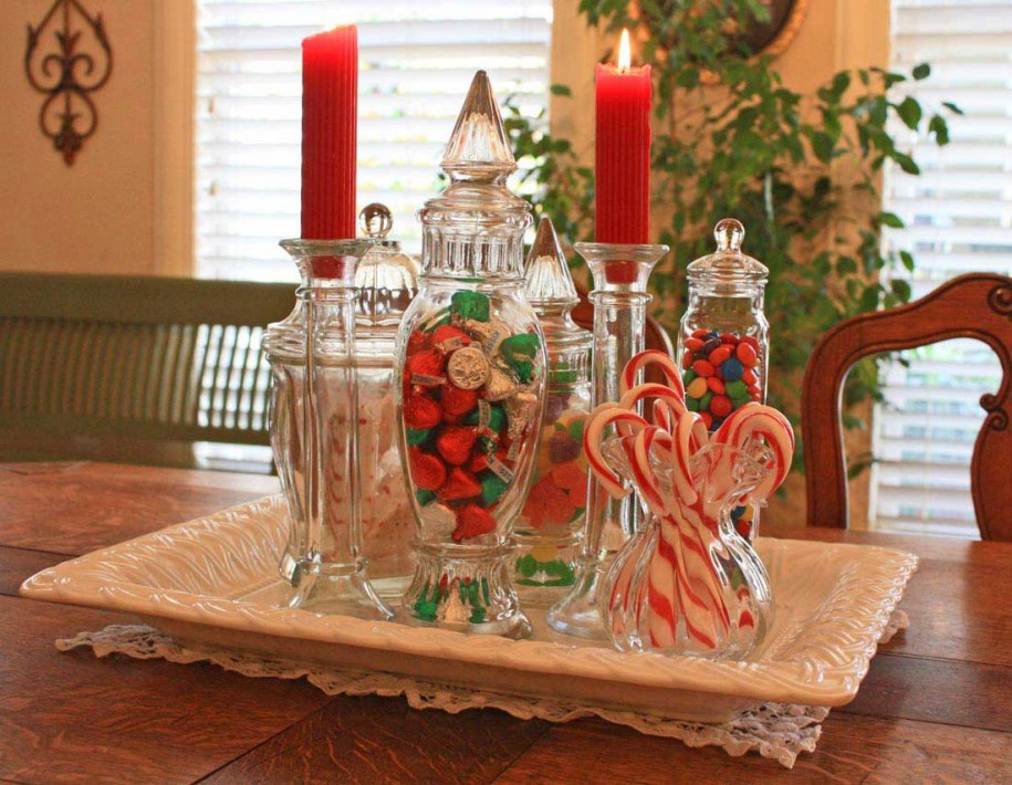 Am looking for ideas to make a new christmas centerpiece